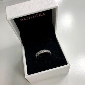 Pandora ring (size: 5)